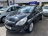 click here for more photographs of this FORD�Streetka