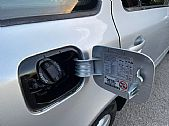 please mouse over this FORD MONDEO thumbnail for larger photograph